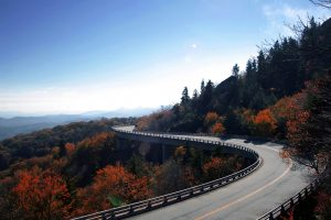 linn-cove-viaduct-curve
